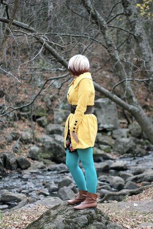 gold Ebay coat - blue tights - brown barrats boots - brown Topshop belt