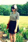 Black-wilster-skirt-white-bdg-shirt-red-vintage-purse-blue-australian-stre