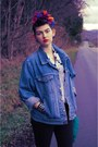 Light-blue-denim-rustler-jacket-black-guess-jeans