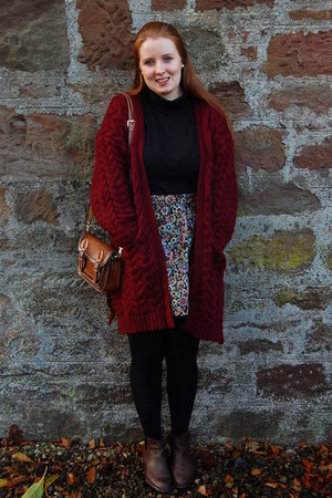 dark brown zaful bag - dark brown Office boots - maroon new look skirt