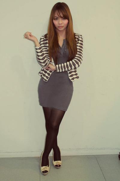 Betty dress - random blazer - random stockings