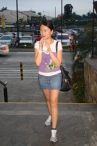 purple mng tube top - white bench t-shirt - MNG skirt - purple nike sister one s