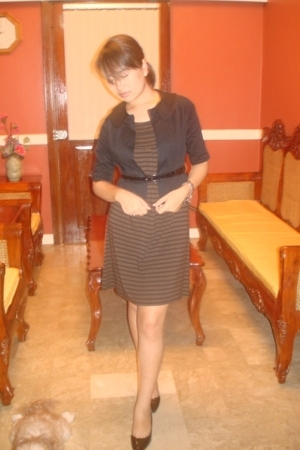 Mango brown striped dress - blazer - PeopleArePeople belt - Charles & Keith shoe