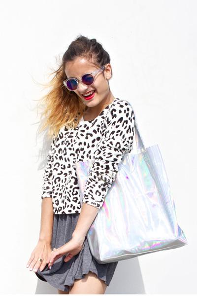 1acecc9392406 holographic Choies bag - Urban Outfitters dress - H&M sunglasses - H&M  jumper