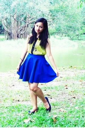 blue skater Sugarthrifted skirt - yellow Bazaar blouse