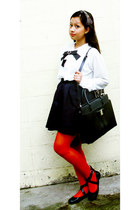 red knitted opaque Kate Torralba tights - black jovanni bag