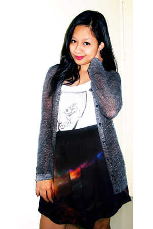Oxygen skirt - glittery Herbench cardigan - sleevless artwork top