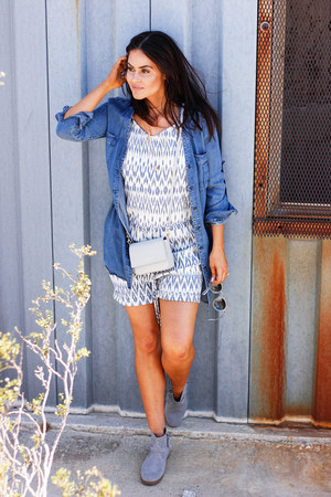 blue Esprit romper - heather gray Teva boots