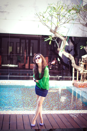 periwinkle Christian Louboutin heels - turquoise blue Mango blouse