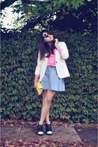 hot pink neon Agent 99 t-shirt - white vintage blazer