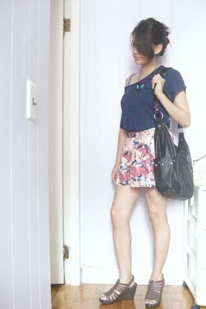 blue Forever 21 top - pink Forever 21 skirt - black H&M purse - brown New York a