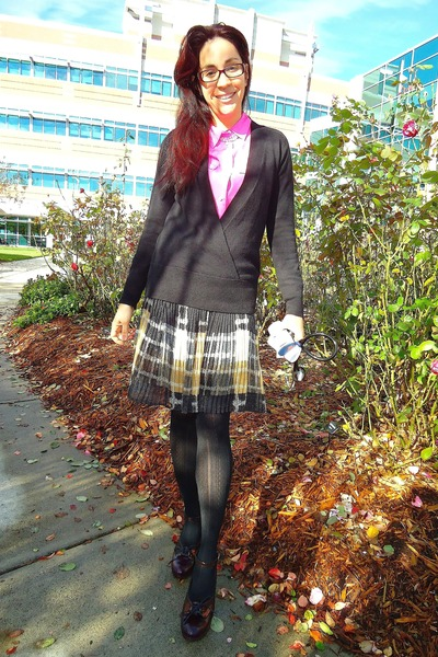 black plaid pleated Forever 21 skirt - bubble gum silk JCrew shirt