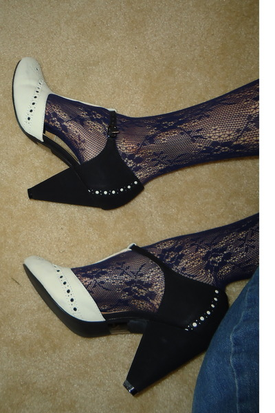 heels - lace knee high Forever 21 socks