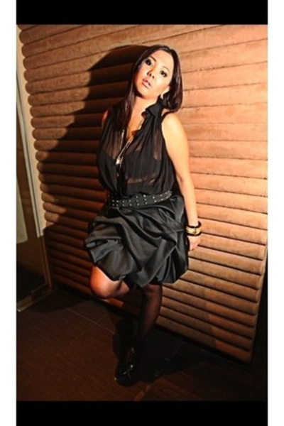 Club Monaco top - Tyler skirt - maud frizon shoes - rajo laurel belt