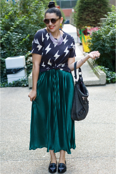 American Apparel skirt - Zara shoes - balenciaga bag - Karen Walker sunglasses