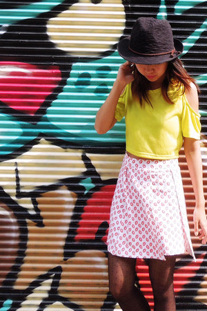 GMDCAT skirt - fedora Galerie Lafayette hat - cut-out neon Sister Margarita top