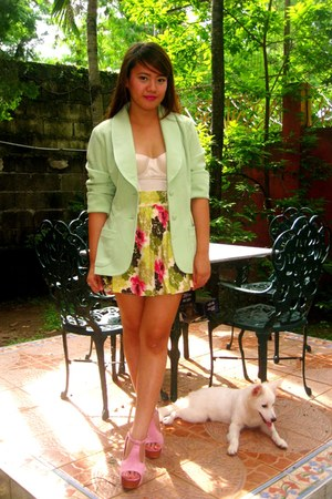 lime green SOSI STUFF blazer - pink Jeffrey Campbell shoes - white La Senza top