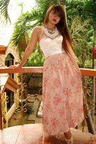 white corset La Senza top - light pink maxi SOSI STUFF skirt - nude CMG heels -