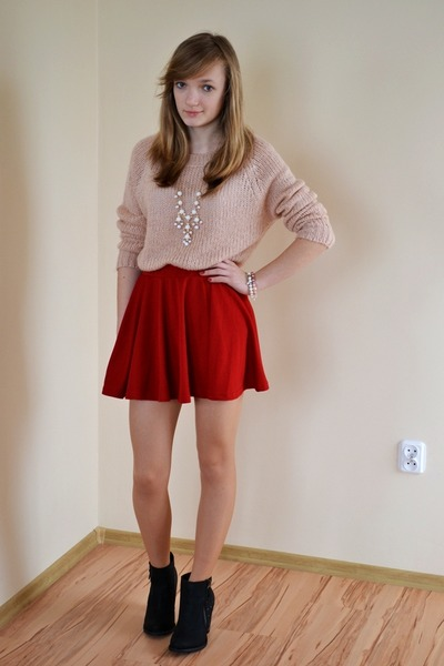 red tideshe skirt