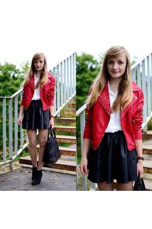 red goodlookin jacket