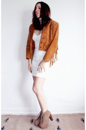 tawny concho Scully Vintage jacket - tan lita Jeffrey Campbell boots