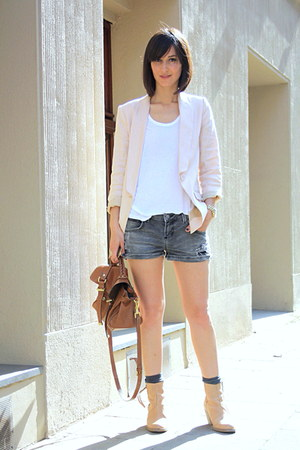 nude boots acne boots - nude blazer H&amp;M blazer - Zara shorts - oversize tee t by