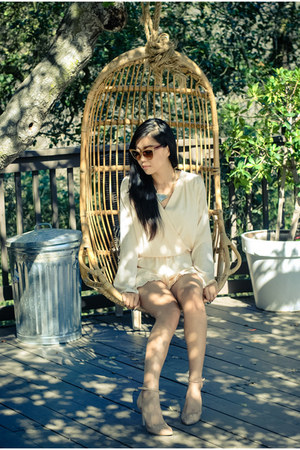 neutral almond toe Sole Society heels - mustard statement Style Lately necklace