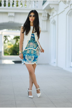 white tailored Stella and Jamie blazer - sky blue keepsake dress
