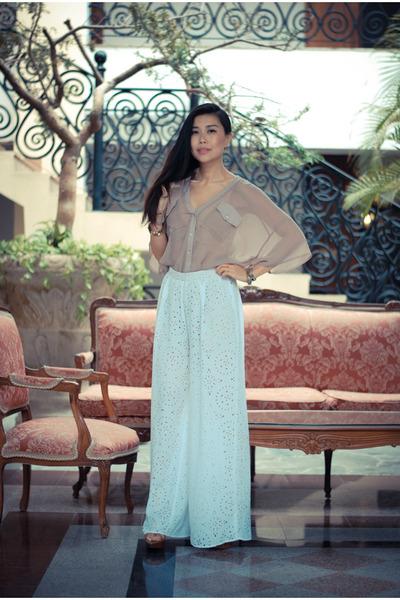 white laser cut out Kova & T pants - tan sheer dRa blouse