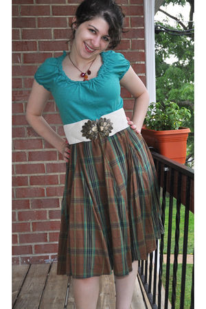green Old Navy skirt - Loft shirt - white Primark belt