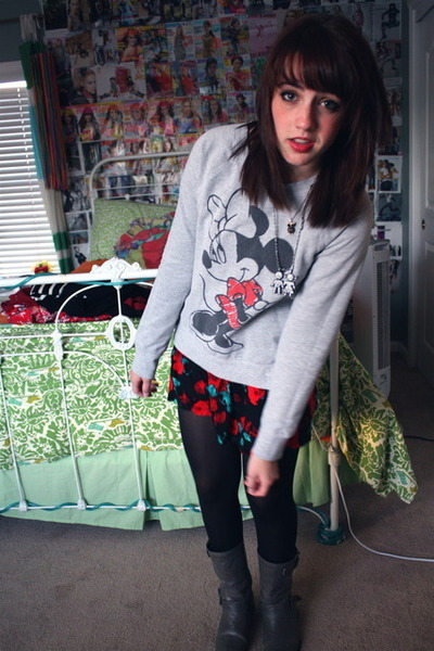 Minnie Mouse sweater - American Apparel dress