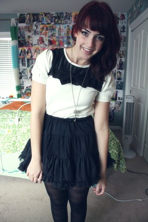 American Apparel skirt - Forever 21 sweater