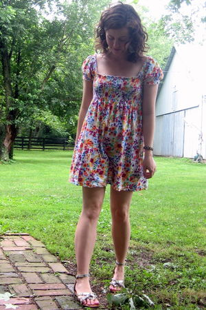 pink H&M garden collection dress - gold Madden Girl via Ebay shoes - silver Fore