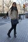 Tasseled-blanco-boots-nylon-jacket-pull-bear-jacket-grey-pull-bear-scarf