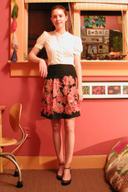 H&M blouse - Charlotte Russe skirt - Nine West shoes - The Way We Were vintage j