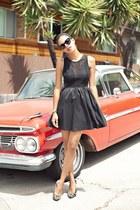 black lulus dress - brown Forever 21 pumps