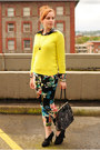 Yellow-gap-sweater-black-floral-thrifted-blouse-black-floral-h-m-pants