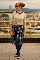 navy dress - blue tights - dark brown bag - beige flats - beige sweatshirt