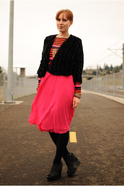 black cardigan - hot pink H&M skirt - carrot orange striped StyleMint top