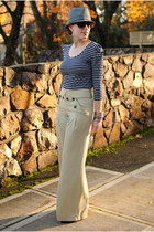 heather gray striped shirt - charcoal gray hat - cream wide-leg pants