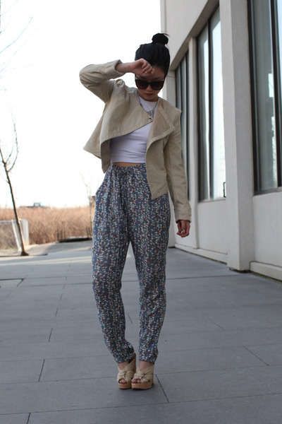 silver printed vintage pants - beige faux leather collection b jacket