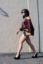 black Theyskens Theory pumps - maroon H&M sweater - beige clutch r&em bag