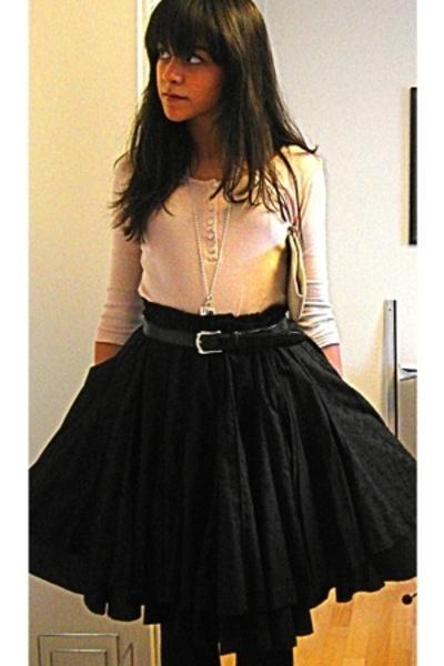 black lolita paris skirt - black Max shoes - beige H&M shirt