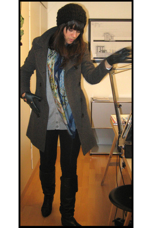 H&M vest - Zara tights - H&M hat - et moi coat - max by voegele shoes shoes - th