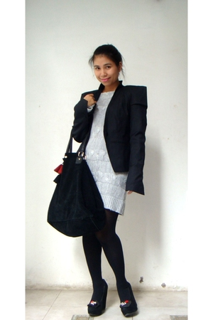 black gestur blazer - silver vintage sweater - black D&G shoes