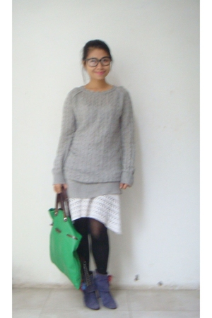 gray vintage sweater - white Mango dress - green - green Marni accessories - blu