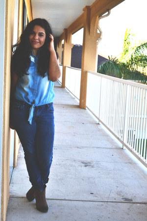 denim shirt TJ Maxx shirt - brown Steve Madden boots - skinny jeans Levis jeans