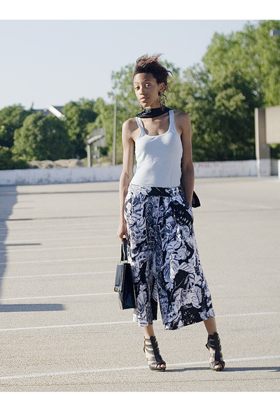 pants - top - accessories - forever 21 shoes - scarf