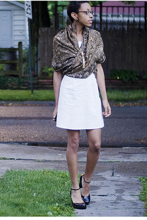 scarf - dress - Guess shoes