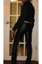 black biker boots - black slim fit shirt - black funky sunglasses - black belt -